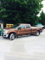 2011 Ford F-250 Pickup Truck CrewCab SuperDuty