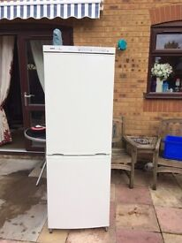 Bosch Classixx Frost Free Fridge/Freezer... ** DELIVERY AVAILABLE **