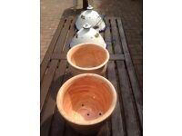 Ceramic hanging basket
