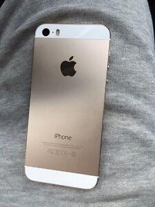 Apple iPhone 5S 16GB Pristine Condition Eastlink