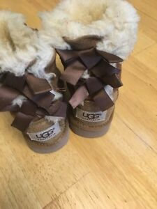 Size 6t uggs