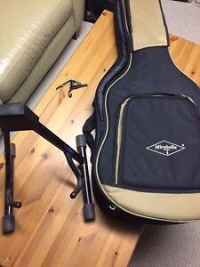 Acoustic guitar bag, Stand and capo