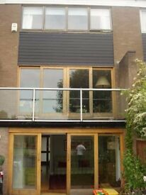 Lovely 3 double bed modern house in the desirable area of Cotham