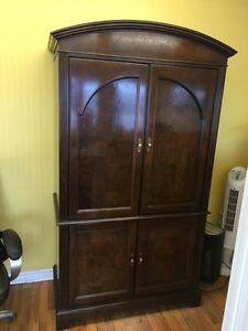Hekman Entertainment Armoire