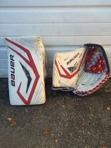 Bauer goalie pads glove and blocker Kawartha Lakes Peterborough Area image 4