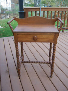Antique Early open washstand