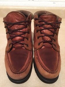 Women's Timberland Gore-TEX Waterproof Leather Shoes Size 7.5 London Ontario image 3