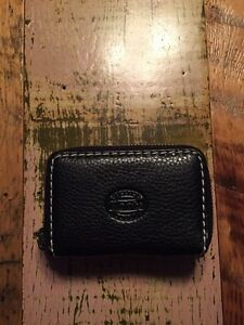 Roots Black Wallet~Small Trifold clutch Prince Kitchener / Waterloo Kitchener Area image 3