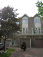 Rideau South, Pineglen/Country Place, 102 Waterford