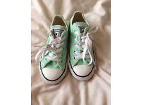 All star converse mint green size 10.5 kids