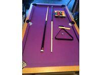 B C E Folding 5ft pool table