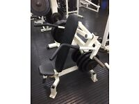 Commercial gym equipment Olympic plate loaded shoulder press