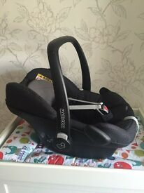 Maxi cosi pebble car seat black crystal 0+ group