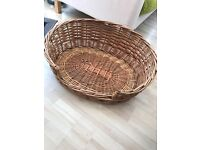Large wicker basket for dog or cats