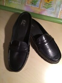 Ladies Brand New never worn black backless flat shoes