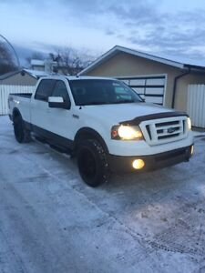 2008 Ford F-150 FX4!! 5.4L Triton! New Cam phasers! New Engine!