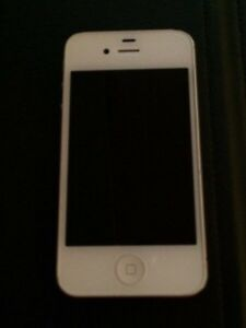 iPhone 4s **MINT** barely used