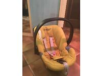 Mama's & Papa's Cybex infant car seat