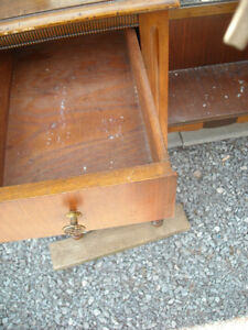 Vanity with Tri-Fold Mirrors & 6 Drawers, over 80 years old. Peterborough Peterborough Area image 3