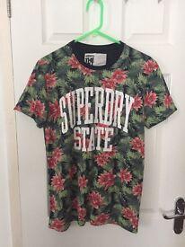 Men's medium Superdry top