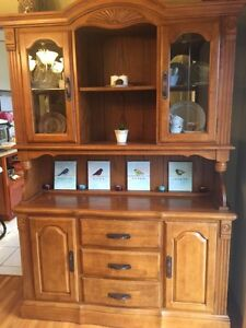 Oak hutch with table