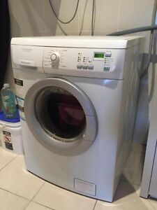 Electrolux Time Manager 7kg Washing Machines Dryers