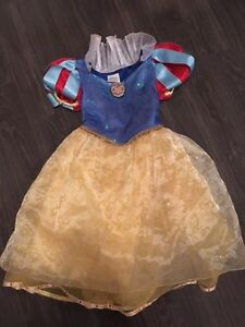 Disney Store Snow White Halloween costume