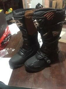 Brand new Fox comp 5 riding boots