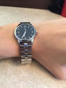 BRAND NEW Guess women's watch London Ontario image 5