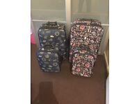 4x suitcases large medium hand luggage
