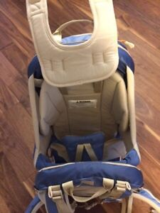 Kelty Kid Carrier- like new London Ontario image 3