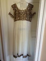 Women's Pakistani and Indian Clothing For Sale 3/3