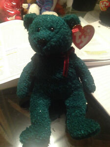2001 Holiday Teddy Ty Beanie Baby Stuffed Animal