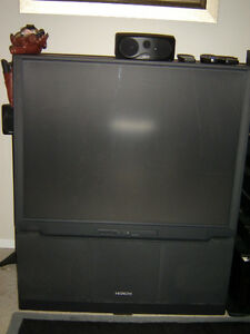 "HITACHI 50"" PROJECTION SCREEN TV  NEVER ANY PROBLEM MINT SHAPE London Ontario image 1"