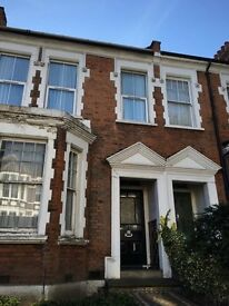 2 Bedroom Flat to let in Highgate