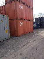 Shipping containers maritime conteneurs