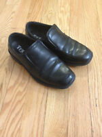 Boys dress shoe size 1