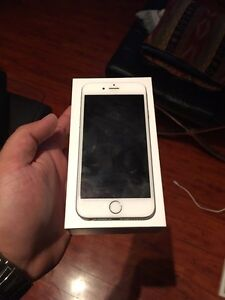 iPhone 6s silver 16gb Rogers/chatr