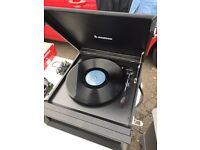 Steepletone portable record player