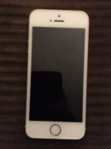 Apple iPhone SE 16gb Rose gold bell sell or trade