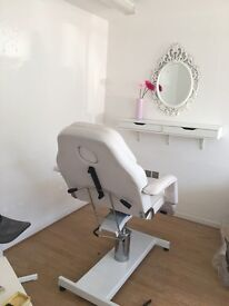 Lash station to rent in beautiful boutique salon