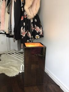 Mirrored lamp / side table