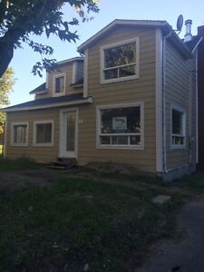 Attention flippers  tres Bon investment/great investment West Island Greater Montréal image 1