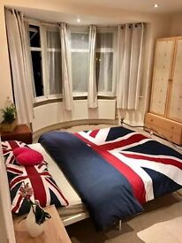 Room Shared House Rugeley AVAILABLE NOW- Ideal for AMAZON workers 07450776756