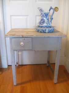 CHARMING OLD ANTIQUE COMPACT-SIZED DRY SINK ...[EARLY 1900's]