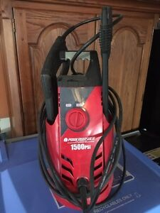 Pressure washer for sale - 1500psi London Ontario image 1
