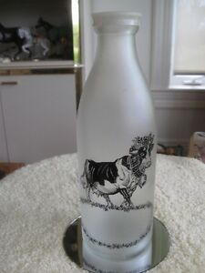 EXCEPTIONAL OLD VINTAGE DOWN-HOME-COUNTRY MILK BOTTLE