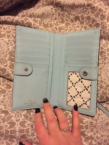 Authentic Kate spade wallet  London Ontario image 2
