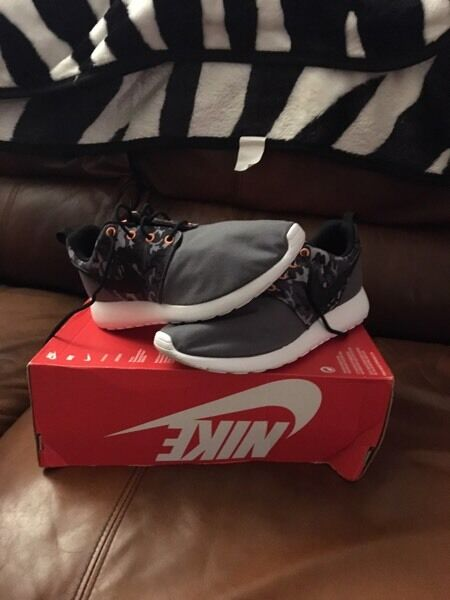 drmmp Brand New Nike Roshe Trainers size 6 | in St Mellons, Cardiff