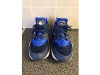 Nike Huaraches UK Size 8